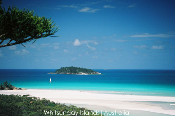 Gay sailing Australia Whitsunday White Haven beach