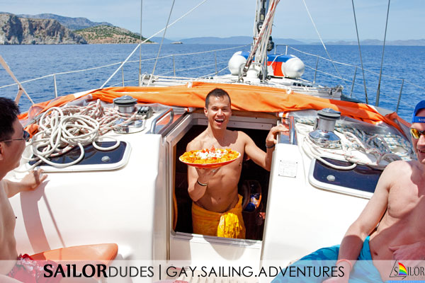 Gay sailing adventure Greece - Lunch