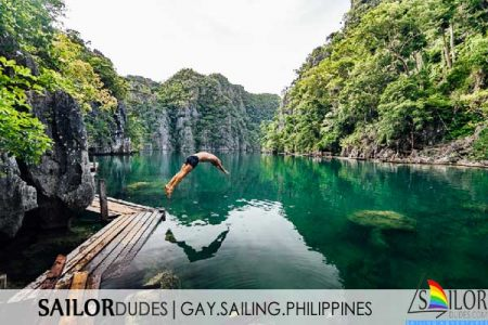 Philippines gay guy swimming